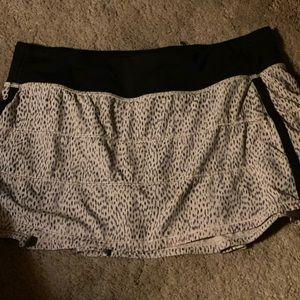 Lululemon very popular print tennis skirt